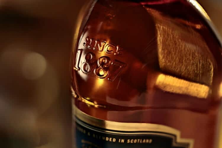 9 Best Whisky Brands To Add In Your Home Bar