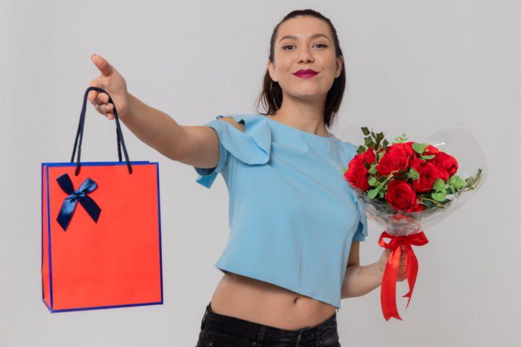 10 Ideas for a HouseWarming Gift